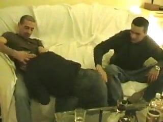 Dos arabes y un pasivo