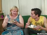 Lad fucks her shaggy old cunt