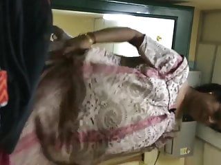 aunty changing her nighty to dress