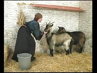SR Than Grandma ! Her Goats Grandson Hornier Finds