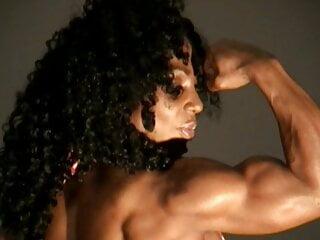 Ebony Muscle 13