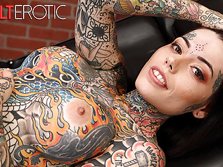 Tattoo nude