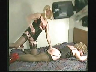 ingyenes leszbikus pornó dvd amatőr fajok közti ribanc