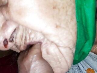 Granny margaret sucks...