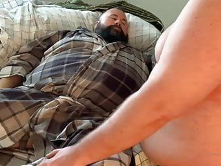 Hot bear cumming while fingered