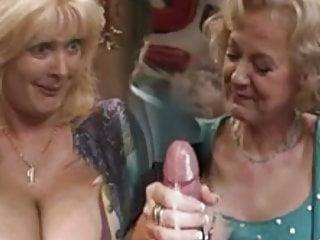 Granny sex show 6...