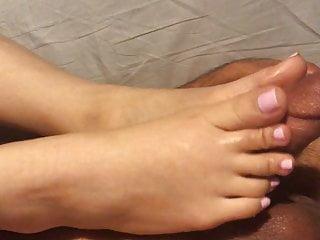W pretty toes...