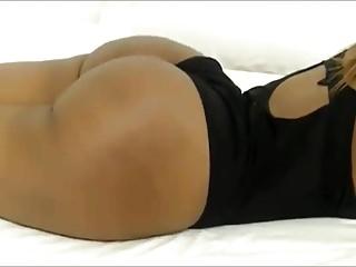 Sexy webcam flex...