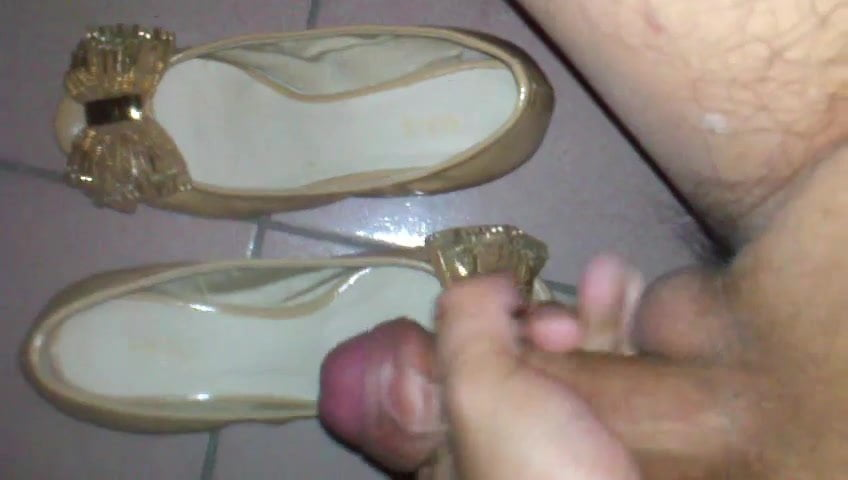 Shoes cum on Shoesession