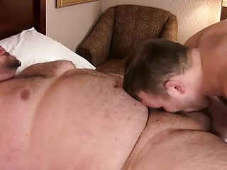 Chubby fat thick dick bareback young uncle bear...