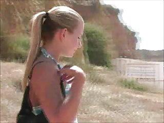 Alyssa - Visiting Portimao