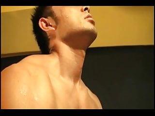 Japanese muscular guy3