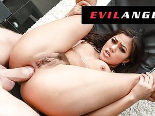 EvilAngel – Kendra Spade Squirts Whereas Ass Fucked