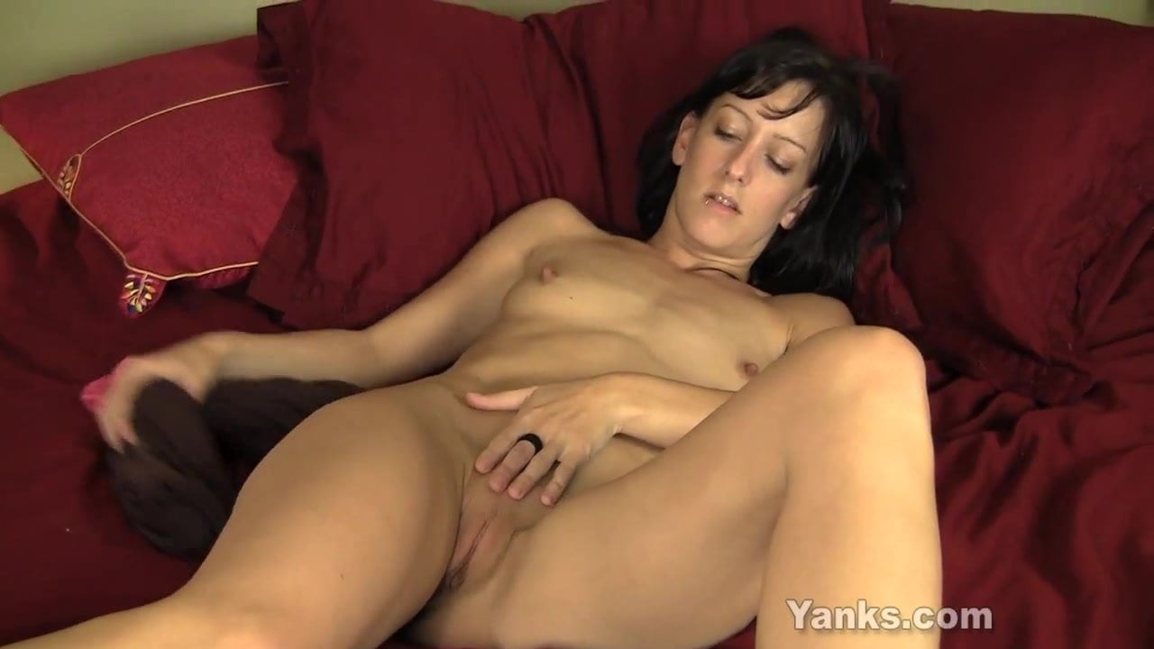 mature amateur masturbates in a group