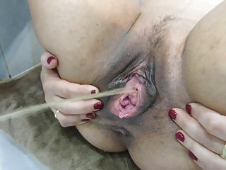 Pregnat GF gape and power pee