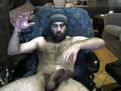 Hairy bearded daddy wanking off