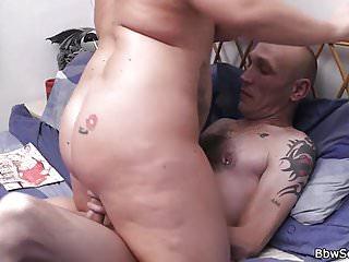 Marito sorpreso a barare con un bbw biondo