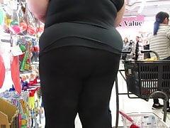 Meaty Phat Ass White Girl Bbw In Leggings