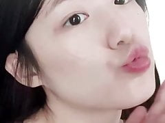 Shuhua Wants Your Cum All Over Her Pretty Face