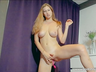 BLONDE RUBS PUSSY AND CUMS