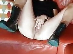 Hot GF presenting her holes