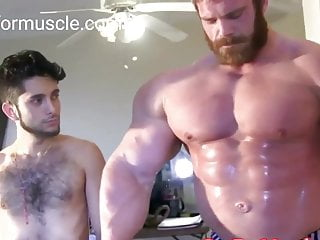 Worlwide Huge Biggest Bodybuilder in Hot Muscle Worship Vide