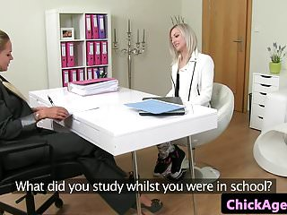 Casting babe pussy toyed by lesbian agent...