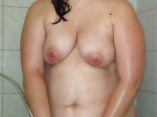 In need of sex lover pussy rubbing within the bathe
