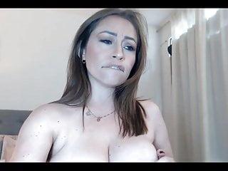 Milf fuck hole on cam...