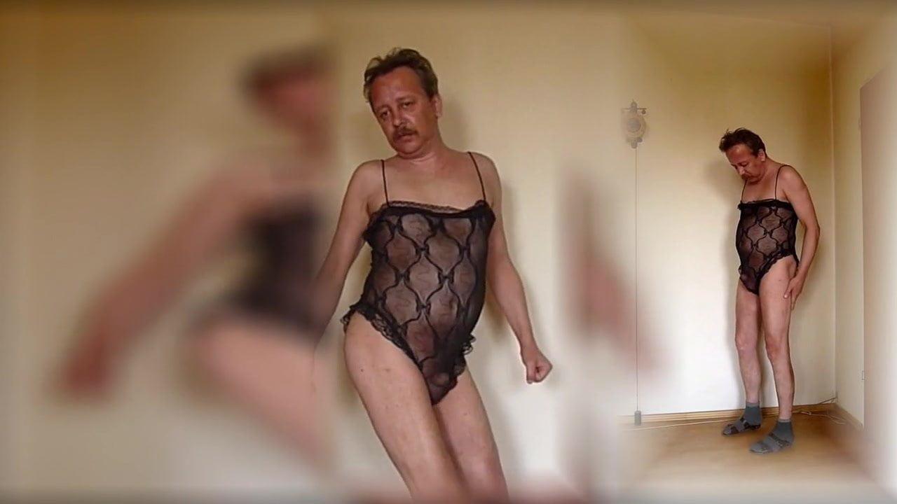 Mann nackt arti Aarti Mann