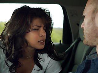Priyanka Chopra – Quantico s1e01