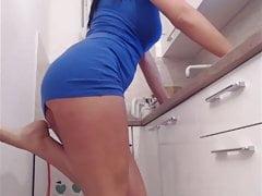 cam wife kichen
