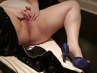 Bbw Slut Pvc Jeans Masturbating