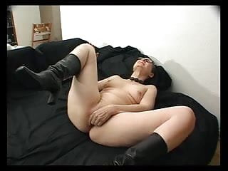 Self fucking with dildo