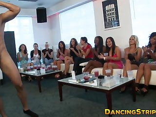 Curvy amateur fucked by stripper at bachelorette party