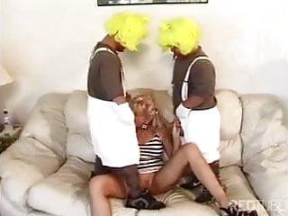 Two midgets fuck blonde...