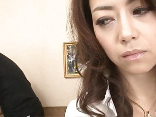 Nude Maki Hojo delights with willy in both holes