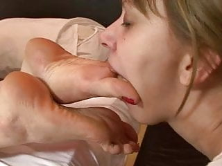 She licks the mistresses...