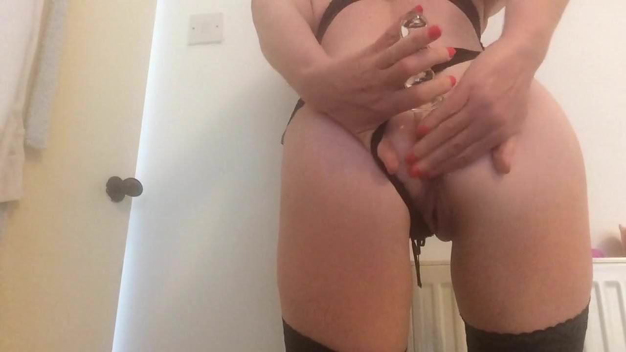 Busty Latina Milf Solo Squirt