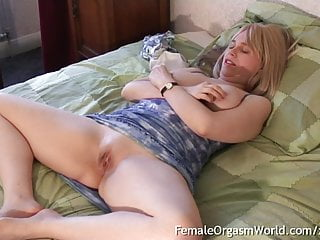 Pussy From Nipple Curvy MILFs Twitches Blonde Stim