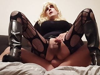 no.242 Wjhore Suleika fucked by a client