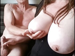 Amateur couple boobs wife handjob...