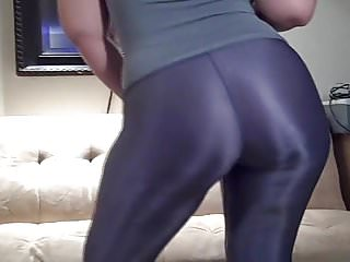 Pawg in shiny spandex...