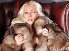 Star in Fur Coat 2