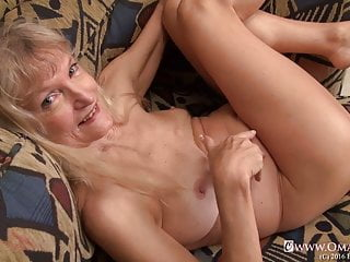 in and Matures OmaGeiL Curvy Videos Grannies Sexy