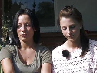 Mia und Sara treiben es im Grunen