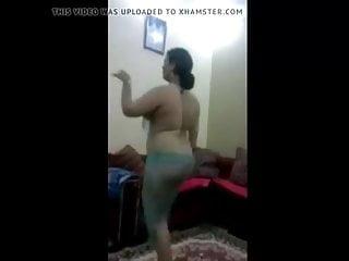 Sexy dancing homemade seducing egypt arab hidd...