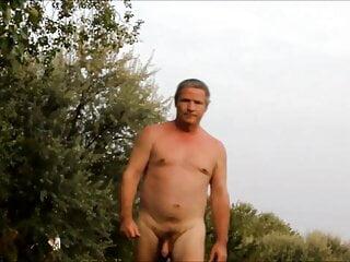 walking nude 2