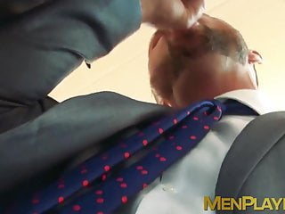 Hunk businessman dato foland pounding in office...