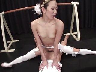 Uncensored Japanese Milf Ballerina Threesome With Splits